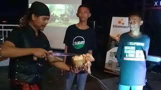 Sulap kelapa isi beha