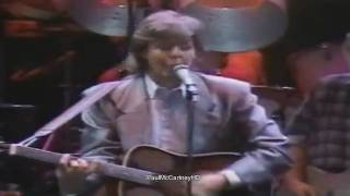 Paul McCartney - i saw her standing there [HD] Prince's Trust Concert 1986