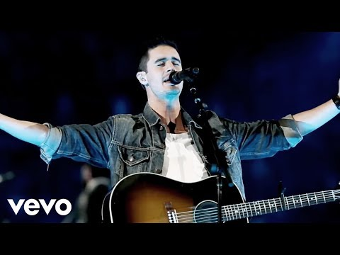 Passion - Even So Come (Live) ft. Kristian Stanfill