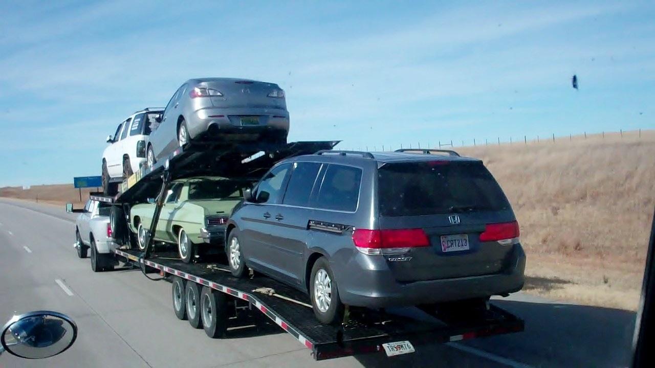 Hotshot Truck Auto Transport - YouTube