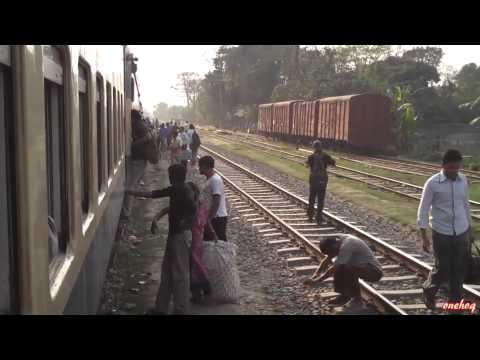 Train in Bangladesh, HD video with Flip HD