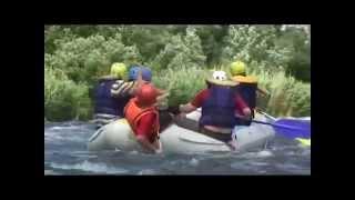 видео Корпоративный водный сплав по реке
