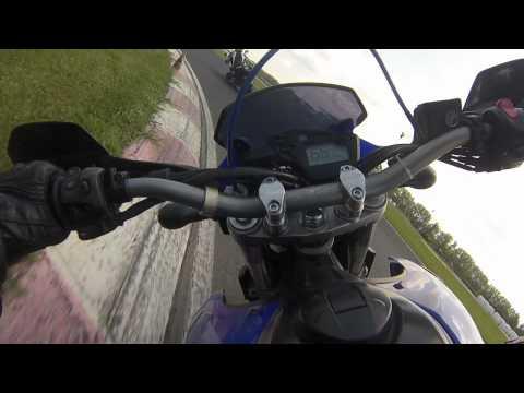 Yamaha XT660X chasing Kawasaki ER6n on Raceland Krsko [RAW-pure engine sound]