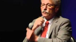 Thilo Sarrazin stellt sich den Publikumsfragen