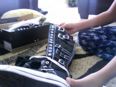 49e8bccd841 unboxing my knee high converse - YouTube