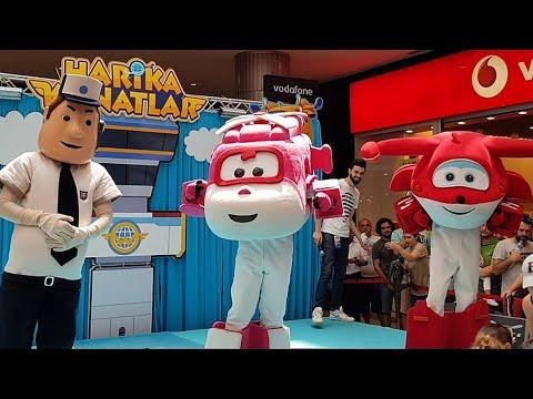 Harika kanatlar!!! Çocuklar için harika kanatlar gösterisine gittik | Eğlenceli çocuk videoları.