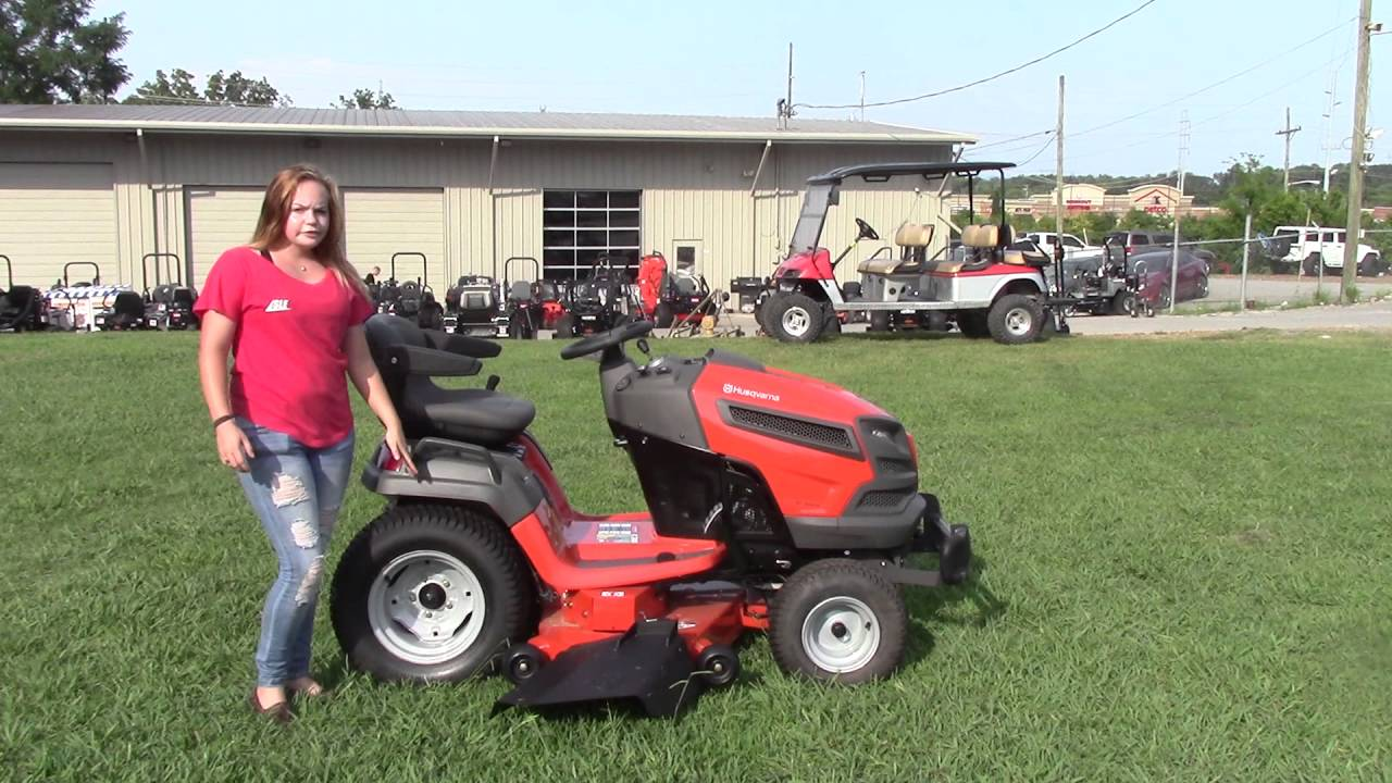 Lawn Tractors With Locking Differentials : Husqvarna gt xlsi quot hp briggs lawn tractor review