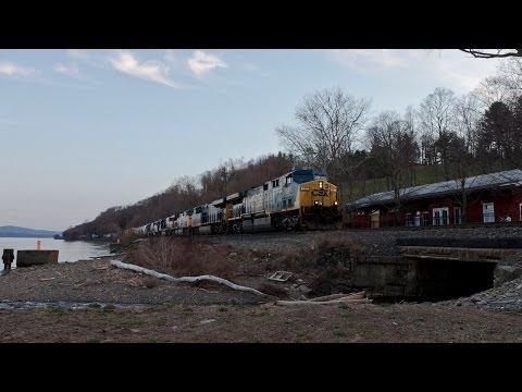 HD: Three Trains at Milton, NY - 04-12-14