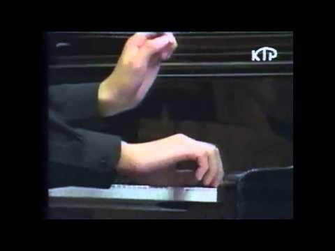 "Aza Sydykov plays Franz Liszt "" La Campanella"""