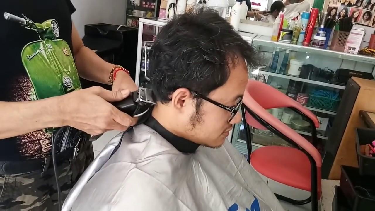 Model Rambut Dahi Lebar Pria