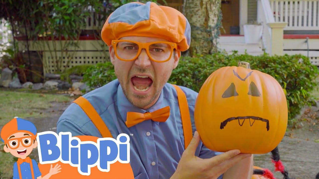 Blippi Decorates a Spooky Halloween House! | Fun Halloween Videos For Kids