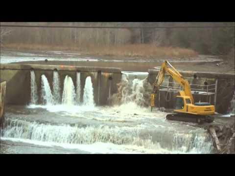 Chagrin Falls Ivex Dam Demolition.wmv