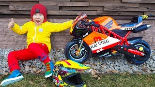 Baby Biker Senya Unboxing mini Bike! Ride On Power Wheel mini Bike Video for kids