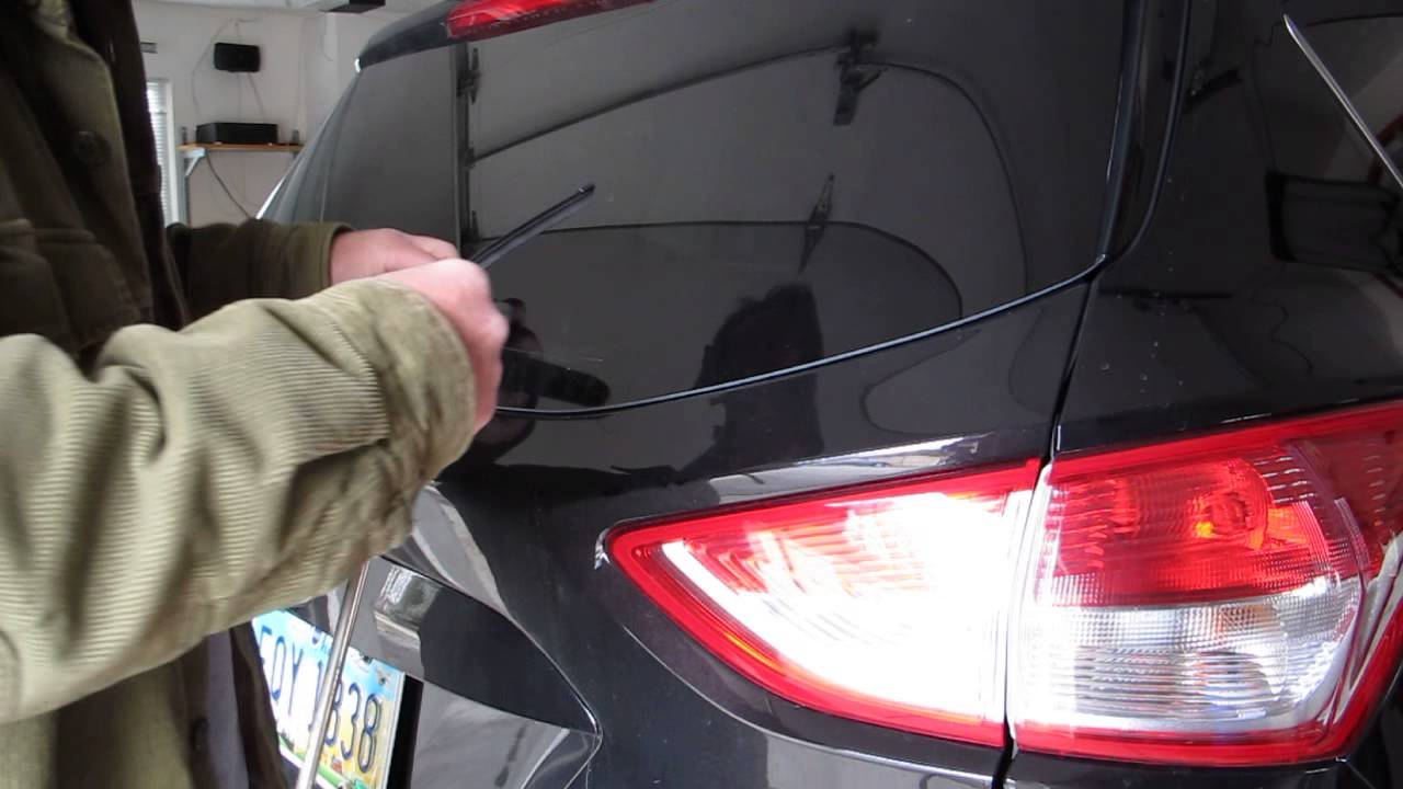 Replacing Rear Wiper Blade On 2013 Ford Escape Youtube