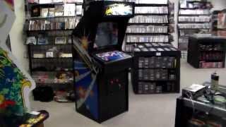 Atari's famous 1979 Asteroids Arcade Game !  Original cabinet, artwork, gameplay video!