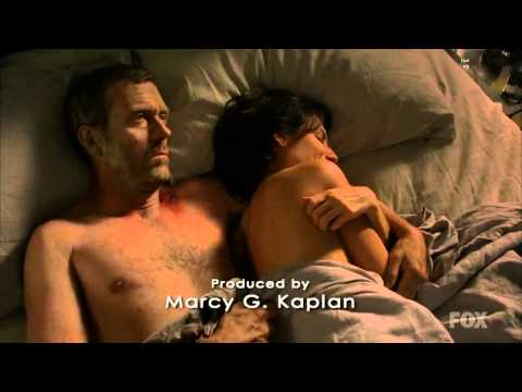 7x01 Now What Did Lisa Edelstein Slip A Nip On  House M D