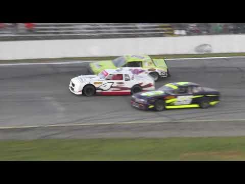 Street Stock races Angola Motorsport Speedway 81917