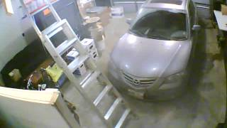 South St. Vital Break and Enter Caught on Camera - December 9 2014