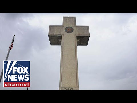supreme-court-rules-'peace-cross'-war-memorial-can-stand