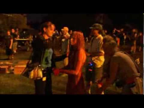 'Carrie' BTS Footage with Chloë Grace Moretz & Director Kimberly Peirce