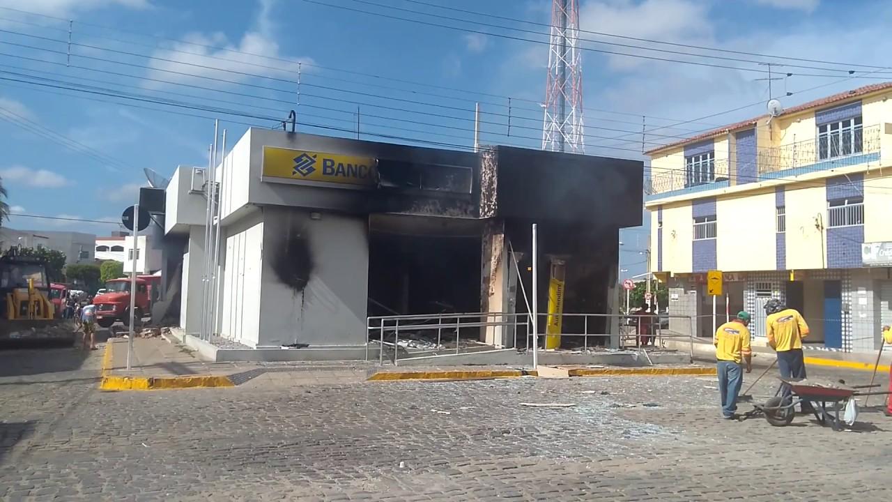Resultado de imagem para banco do brasil de carnaiba