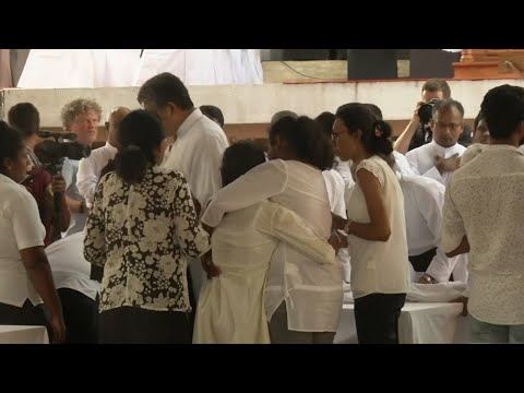 Sri Lanka Easter bombing victims laid to rest in mass burial ceremonies