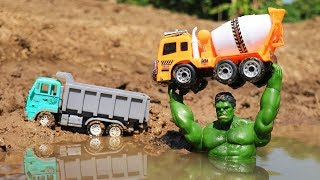 The Hulk Saves Construction Vehicles Toys from the crocodile toy for kids