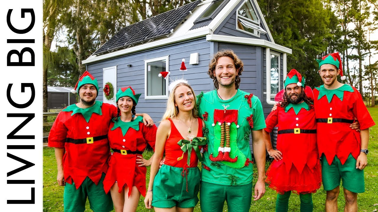 The Living Big In A Tiny House Christmas Special 2018
