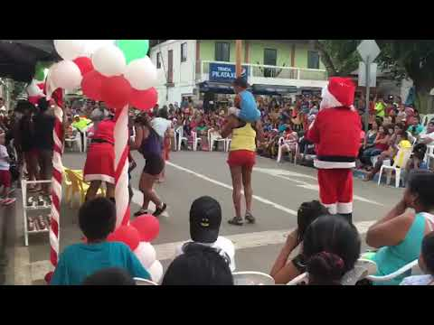 How They Painfully Celebrate Christmas in Ecuador