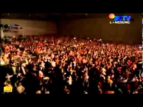 NOAH Konser 2Benua 5Negara - Mungkin Nanti - 16_09_2012 (HQ)