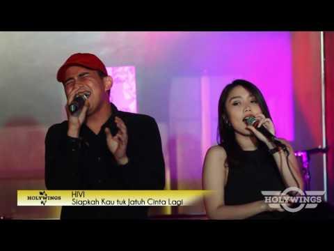 HIVI! - Siapkah Kau Tuk Jatuh Cinta (live at Holywings Indonesia)