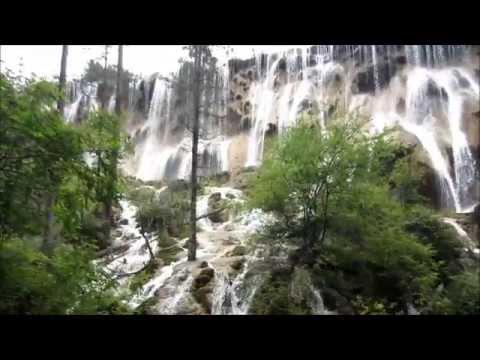 Beautiful sightseeing in China - Zhangjiajie and Jiuzhaiguo