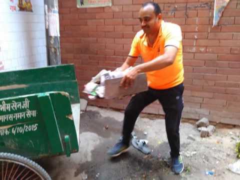 Manas naman seva society द्वारा स्वछता अभियान चिराग दिल्ली