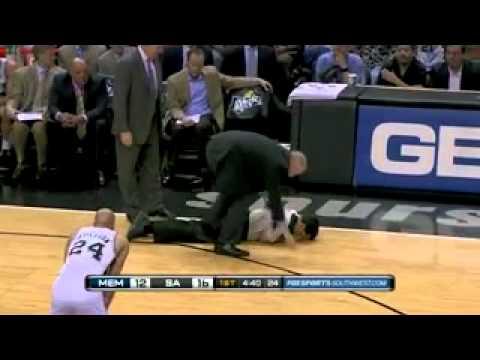NBA Referee INJURED - 2011