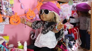 Sophie Claire the Fashion Blogger (American Girl Doll Stopmotion)