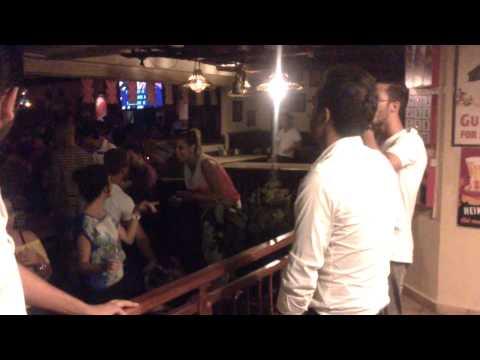 """Tellement je t'aime"" by Simo ... in the english pub karaoke - AGADIR"