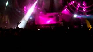 Baauer- Harlem Shake VIP Remix @ Trapped Stage Ultra Music Fest 2013 HD