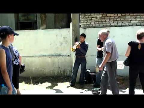 Родительский день в Ташкенте. Домрабадское кладбище