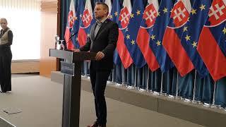 Premiér Pellegrini chce Lajčáka prosiť, aby zostal