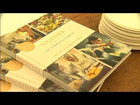 شاهد: والدة ميغان دوقة ساسكس تنضم لابنتها لإصدار كتاب طهي من غرينفيل…  - نشر قبل 4 ساعة