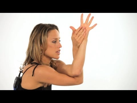 How to Do an Eagle Pose (Garudasana) | Yoga