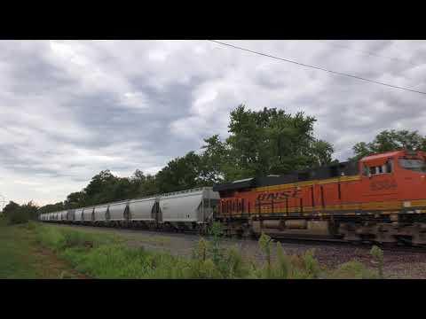 BNSF 4607 Leads Hoppers @ Agency, IA 4K