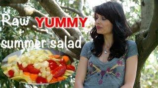 Raw Summer Fresh Salad Recipe - Insalata estiva croccante e rinfrescante Thumbnail
