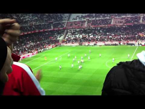 gol de penalti del sevilla, luis fabiano. sevilla sporting 2011