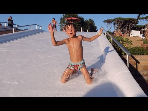 Fun Water Slides – Pool Play – Family Holidays
