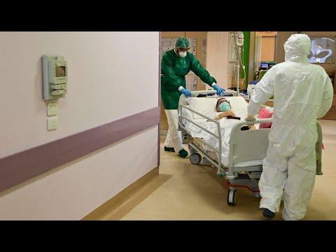 إيطاليا: تراجع عدد الخاضعين للعناية المشددة بالمستشفيات لأول مرة منذ ظهور وباء كورونا  - نشر قبل 9 ساعة