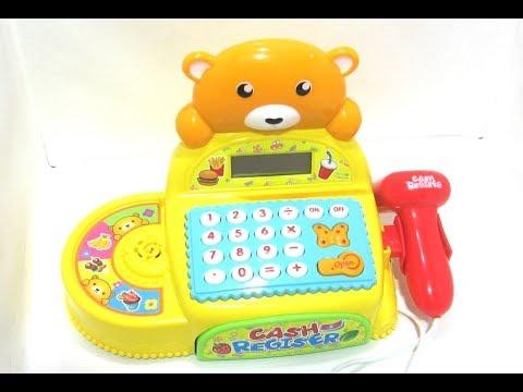 Касса мишка с забавным медвежонком