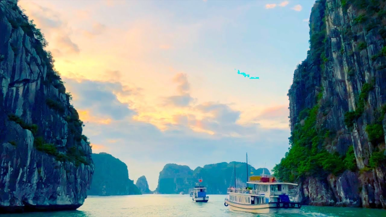 Ha Long Bay, Vietnam | ハロン湾  ベトナム