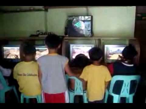 Multi-PC 1:4 Gaming Setup (4 users playing Counter Strike on 1 PC) PART 2