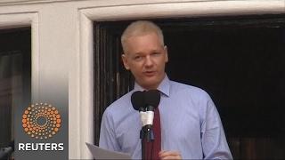 Swedish prosecutor drops Assange investigation